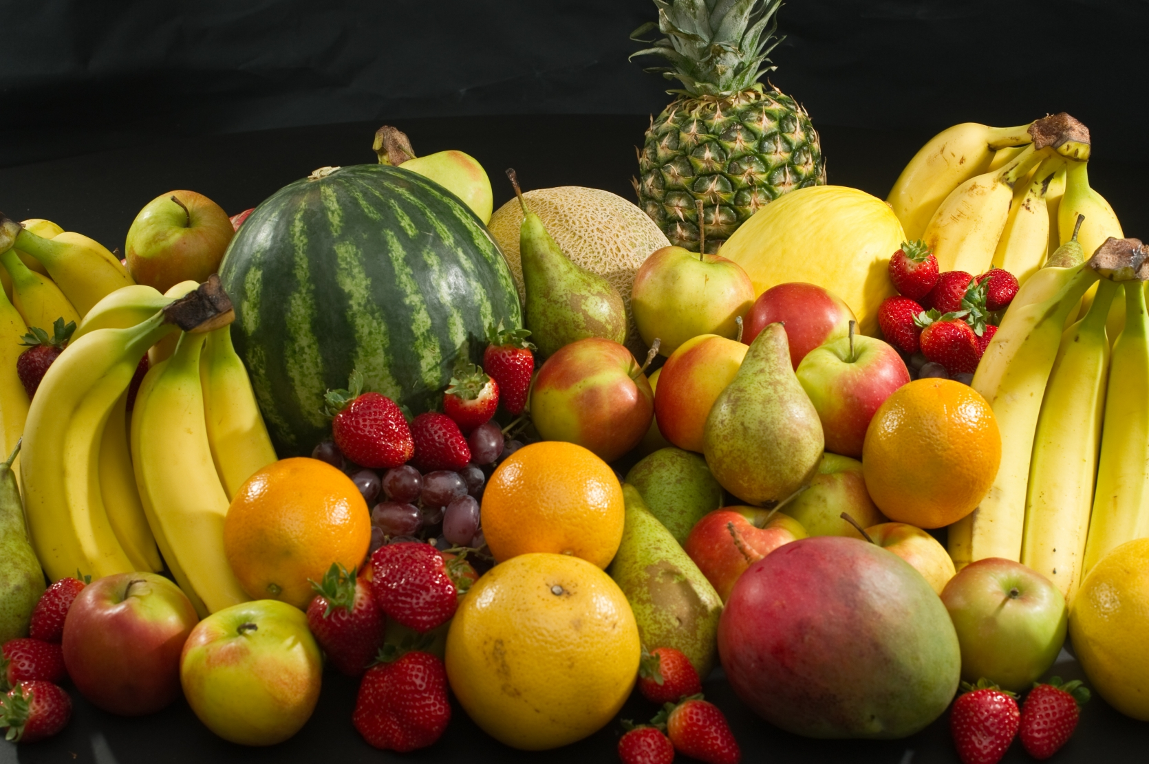 SCIENTISTS ARE STORING ENERGY USING UNEATEN FRUIT